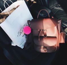 www.grafea.com #grafea #leather #backpack #가방추천 #그라페아 #백팩 #데일리백 #moda #derisırtçanta #blog #tarz #seyahat #sonbahar #güzellik