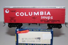 HO Scale Roundhouse 3130 Columbia Soup 36' Billboard Reefer with Truss Rods 2667