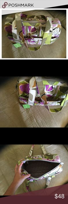 "Vera Bradley Caroline Portobello Rd Bag Beautiful soft pastels colors . Bran new Caroline Portobello Road collection Great shoulder bag with 11.5"" shoulder drop. It has an outside magnetic pocket, inside zipper compartment & 2 individual inside pockets. Nice deep bag Vera Bradley Bags Shoulder Bags"