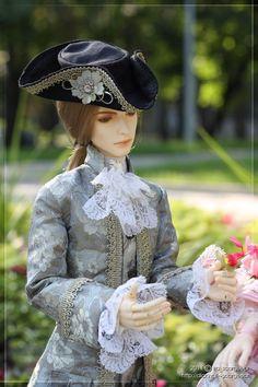 want coat!  Cross dressing victorian girl!