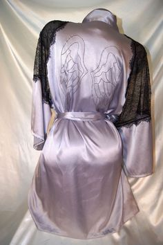 M/L~VICTORIAS SECRET ANGEL WING SATIN ROBE WOMENS BATHROBE SPA KIMONO WRAP~NWT #VictoriasSecret #ANGELWINGRobes
