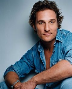 Matthew McConaughey.....words CANNOT describe how obsessed and in luv I am with this man! :)