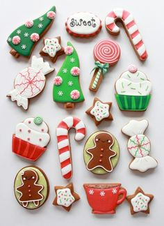 How to Color Icing Red & Whimsical Christmas Cookies Christmas Sugar Cookies, Christmas Sweets, Noel Christmas, Christmas Goodies, Holiday Cookies, Holiday Treats, Christmas Recipes, Christmas Decor, Christmas Ideas