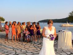 Try catch the bouquet! #awesomeaugust #wedding #croatia #holiday