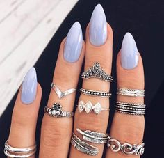 20 Worth Trying Long Stiletto Nails Designs Short Almond Shaped Nails, Almond Shape Nails, Almond Acrylic Nails, Nails Shape, Pointy Acrylic Nails, Acrylic Gel, Acrylic Colors, Gel Nagel Design, Nagel Gel