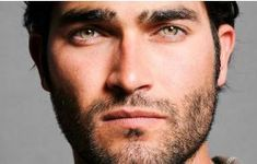 I think that Tyler Hoechlin would make a pretty convincing Christian Grey. Tyler Hoechlin, Man Of Steel, Beautiful Men Faces, Gorgeous Men, Guys With Green Eyes, Jeaniene Frost, Dc Comics, Gay, Light Eyes