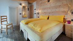http://www.hotel-livigno.com/hotel-dettaglio/81/Hotel-Champagne