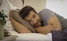 """Brett Eldredge Will Get You """"Drunk"""" With His Latest Music Video"""