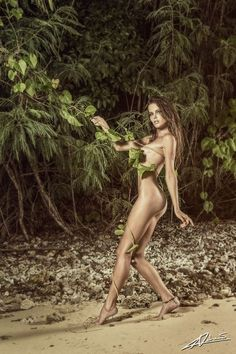 Nude women in the jungle