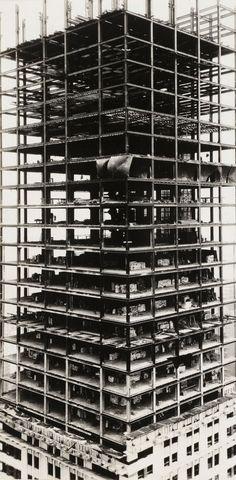 Walker Evans, Chrysler Building Under Construction, New York, (1929)