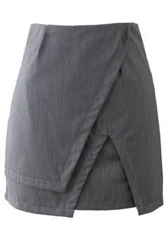 falda y sobre falda gris