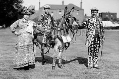 British Customs and Traditions - Pearly King's and Queen's - London - 1911