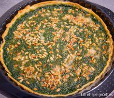 Des épinards, des pignons du parmesan que du bon réuni dans une tarte salée. Ingrédients : -600 g d'épinards cuits (ou des épinards surgelés) -60 g de parmesan -2 cuillères à soupe de pignons de pin -1 pâte brisée ou une pâte brisée maison ( la recette...