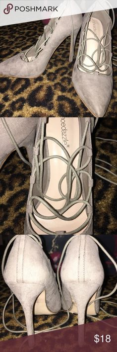 STUNNING lace up heels Absolutely beautiful lace up heels. Worn once! Shoedazzle size 8.5. You do not want to miss these!!! Goes great with some skinny jeans and a leather jacket... yes girl!!!!!!! 👍🏼 Shoes Heels