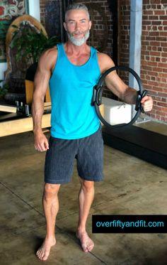 11 Muscle-Toning Pilates Calisthenics using the Magic Circle Dane Findley age 52 pilates magic circle calisthenics Pilates Videos, Yoga Videos, Workout Videos, Pilates Classes, Workouts, Pilates Training, Pilates Workout, Magic Circle Pilates, Pilates Chair