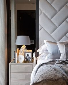 Home Decor Styles .Home Decor Styles Cheap Bedroom Decor, Home Decor Bedroom, Cheap Home Decor, Bedroom Furniture, Upholstered Walls, Tufted Headboards, Master Bedroom Interior, Elegant Home Decor, Suites