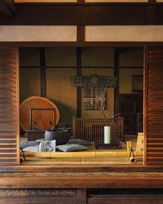 * * 京都 月桂冠大倉記念館(Gekkeikan Okura Sake Museum,Kyoto)🌿 * 夕日が差し込み、なんとも良い雰囲気でした☺️ * ご一緒したみなさま、ありがとうございました😊 * 2019.2.23撮影 * #そうだ京都行こう #京都… Okura, Japanese Buildings