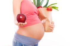 Alimentación durante el embarazo | La dieta durante el embarazo afecta de forma directa a la salud del feto. Por ello, debemos prestar especial atención a lo que comemos durante este período y evitar ciertos alimentos que pueden per…