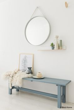 : extra hoekje in de Slaapkamer styling tips denimdrift Decoration Inspiration, Interior Inspiration, Decoration Hall, Muebles Living, Hallway Designs, Hallway Decorating, Home Bedroom, Home And Living, Ideal Home