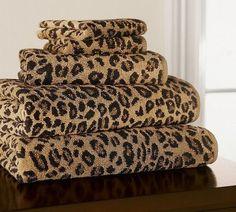 <3 leopard towel set