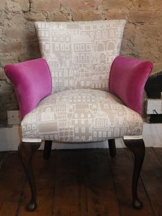 Contrasting fabrics on the chairs -  beige bright pink would work well against the cream /grey carpet/floor and Georgian green wall paint.