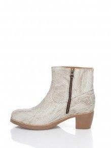 Shabbies Amsterdam Laarzen  Lage Laarzen Shoe Boots, Shoes, Booty, Ankle, Sneakers, Amsterdam, How To Wear, Fashion, Tennis