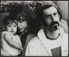 Frank, Gail and Moon Unit Zappa, 1969
