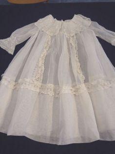Fabulous-Antique-Victorian-Childs-Lawn-French-Valenciennes-Lace-Dress