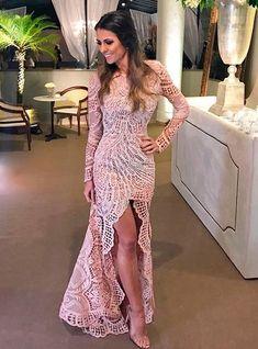 Vestido madrinha casamento, vestido casamento civil, vestido de festa m Quince Dresses, Gala Dresses, Quinceanera Dresses, Dress Outfits, Evening Dresses, Fashion Dresses, Elegant Dresses, Beautiful Dresses, Formal Dresses