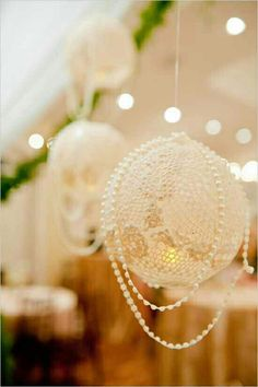 Pearl and Lace wedding decor