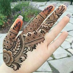 40 Latest mehndi designs to try in 2019 – Henna 2020 Henna Tattoo Designs Simple, Finger Henna Designs, Simple Arabic Mehndi Designs, Full Hand Mehndi Designs, Henna Art Designs, Modern Mehndi Designs, Mehndi Designs For Beginners, Mehndi Design Photos, Mehndi Designs For Fingers