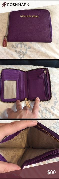 Authentic michal kors tri zip wallet Brandi new, barely used Michael kors tri zip small wallet. In perfect condition, no signs or wear or damage. Michael Kors Bags Wallets