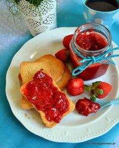 Sugarfree strawberry jam! Vegan Dinner Recipes, Good Healthy Recipes, Delicious Vegan Recipes, Vegan Dinners, Whole Food Recipes, Vegetarian Recipes, Yummy Food, Unprocessed Food, Strawberry Jam