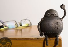 Just Robots: 3D Printed Robot Figurines from the UK Evoke Nostalgia http://3dprint.com/36562/just-robots-3d-printed-figures/