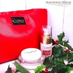 The GUINOT Hydrating Kit 💦 contains a moisturizing face cream and a serum eye cream for all skin types.  The Kit contains the Hydrazone Eye Cream (15 ml) and Hydrazone Face Cream (50 ml). Promotion Price: $125 ~~ SAVINGS: $34  In addition purchase this lovely kit and receive $15 Towards any Facial  *Conditions apply*  #christmas #guinot #beauty #guinotcanada #awesome #skin #derma #skincare #skincareroutine #creativeentrepeneur #holiday #deckthehall #santa  #jinglebells #itschristmastime…