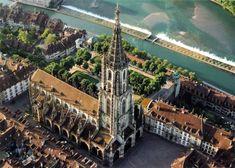Catedrala din Berna (în germană Berner Münster) este o biserică reformată din Berna, iniţial catedrală catolică cu hramul Sfântului Vicenţiu, una din cele mai vechi şi mai mari biserici din Elveţia. A fost construită în stil gotic şi a primit forma actuală în secolul al XIX-lea, în perioada istorismului romantic. La sud de biserică curge râul Aare, care traversează parcul bisericii.