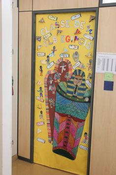 La classe dels egipcis. Escola El Far d'Empordà. Curs 2018-19. Office Supplies, Painting, Classroom, Painting Art, Paintings, Painted Canvas, Drawings