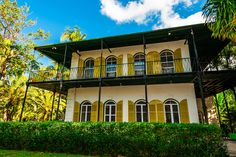 Gorgeous pin of the Hemingway House in Key West. P.I. Frank Johnson is a big reader.