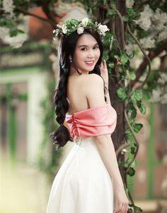 Đầm ngọc trinh nơ hồng xinh xắn