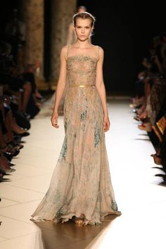 ELIE SAAB HAUTE COUTURE FALL WINTER 2012-2013