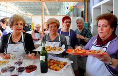 Requena da a conocer su gastronomía típica con la ayuda de la Diputación de Valencia Valencia, Gastronomia, Getting To Know