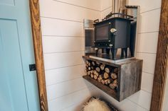 """""""Lupine"""" Gooseneck Tiny House on Wheels by Wind River Tiny Homes - Dream Big Live Tiny Co. - Grizzly Cubic Mini wood stove tiny homes """"Lupine"""" Gooseneck Tiny House on Wheels by Wind River Tiny Homes Home Design, Tiny House Design, Diy Interior, Mini Wood Stove, Rv Wood Stove, Tiny House Wood Stove, Gooseneck Trailer, Zen Bathroom, Bathrooms"""