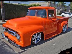 Chevy trucks aficionados are not just after the newer trucks built by Chevrolet. They are also into oldies but goodies trucks that have been magnificently preserved for long years. 1956 Ford Truck, F100 Truck, Old Ford Trucks, Old Pickup Trucks, Lifted Chevy Trucks, Hot Rod Trucks, Cool Trucks, Dually Trucks, Classic Pickup Trucks