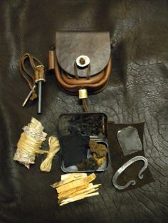 Ferro ben Farok - Bush craft fire starting kit and belt pouch                                                                                                                                                     More