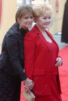 Pictures of Carrie Fisher and Debbie Reynolds   POPSUGAR Celebrity