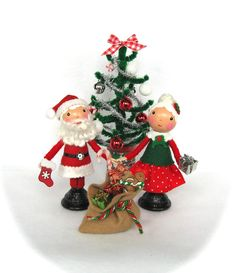 Clothespin Dolls Christmas Set  Mr and Mrs Santa Claus Christmas tree castteam on Etsy, $75.00