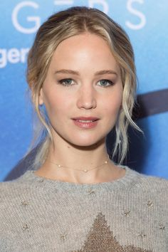 """Jennifer Lawrence at the photocall of """"Passengers"""" in Paris, 2016."""