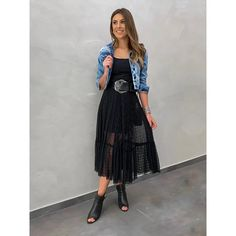 Saia Midi Drapeado Olivia Preto - Estacao Store Chic Summer Style, Casual Chic Style, Look Chic, Tumblr Outfits, Chic Outfits, Fashion Outfits, Womens Fashion, Casual Brunch Outfit, Sabrina Carpenter Style
