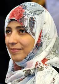 Tawakkul Karman o Tawakel Karman, nacida el 7 de febrero de 1979 en Ta'izz, Yemén, es una periodista, política y activista yemení por la defensa de los derechos humanos, fundadora en 2005 del grupo ... Wikipedia      Fecha de nacimiento: 7 de febrero de 1979 (edad 35), Taiz, Yemen    Educación: Universidad de Saná    Premios: Premio Nobel de la Paz