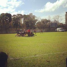 Outro sábado de rugby! Quando não é treino, é jogo.